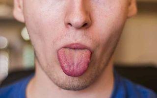 К чему чешется язык: приметы, кончик