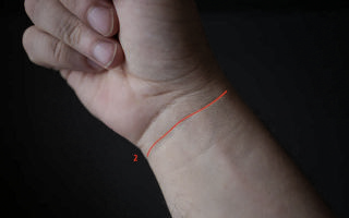 Линии на запястье (браслеты): значение у женщин и мужчин, хиромантия и толкования пересечения