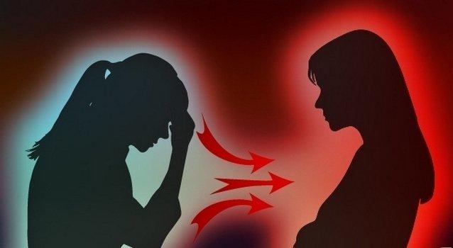 Порча материнская: может ли мама сглазить, узнать есть ли на ребенке, отливка на воск