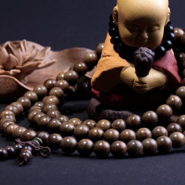 Буддийские амулеты: их значения, для мужчин, на руки