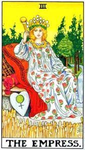 Императрица Таро (3 аркан, Хозяйка): значения и сочетания с другими картами, в отношениях и любви, перевернутый и прямой в раскладах, описание и толкование