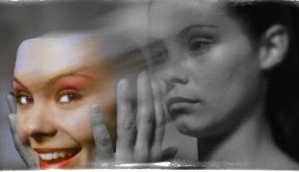 Порча на красоту (старость): признаки, как снять, на лицо