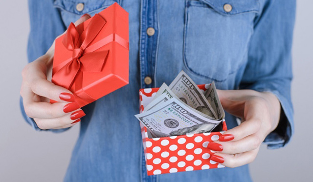 Приворот на деньги и удачу: читать в домашних условиях