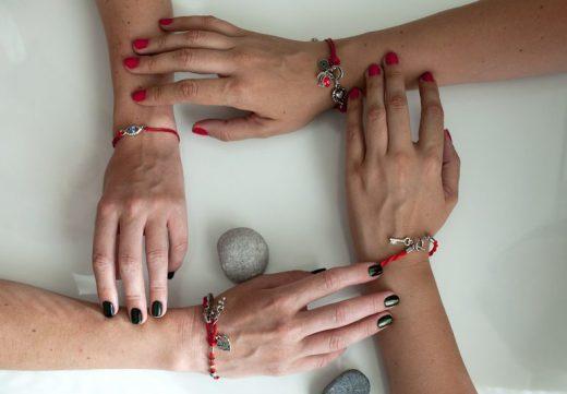 Браслет от сглаза: как сделать, на какой руке носить, своими руками