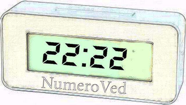 22:22 на часах: значение в ангельской нумерологии
