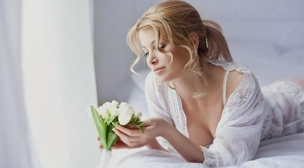 Цветок спатифиллум: приметы и суеверия, женское счастье, к чему зацвел, можно ли держать дома