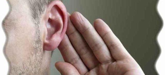Горят уши: левое и правое, к чему, примета