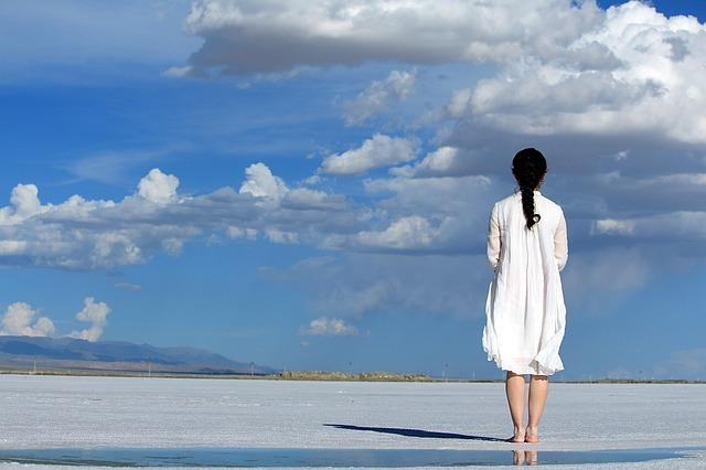 Приворот на возврат любимой девушки: как вернуть