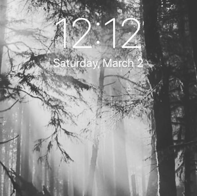 12:12 на часах: значение в ангельской нумерологии