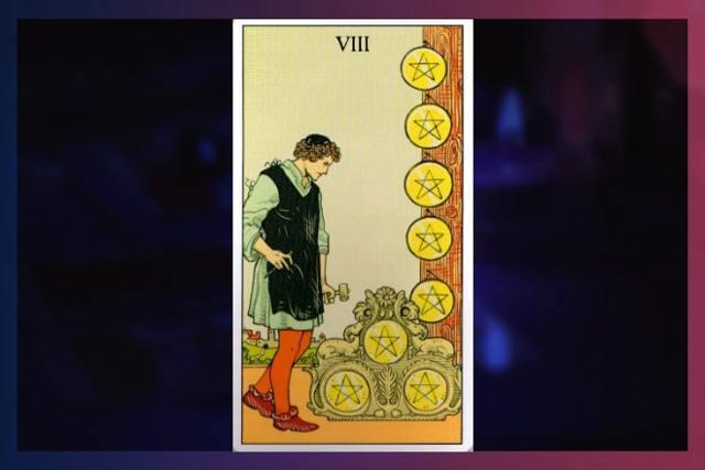 8 Пентаклей (Восьмерка Монет, Денариев): значение аркана Таро, сочетания с другими картами, толкование в гаданиях и раскладах, перевернутая и прямая