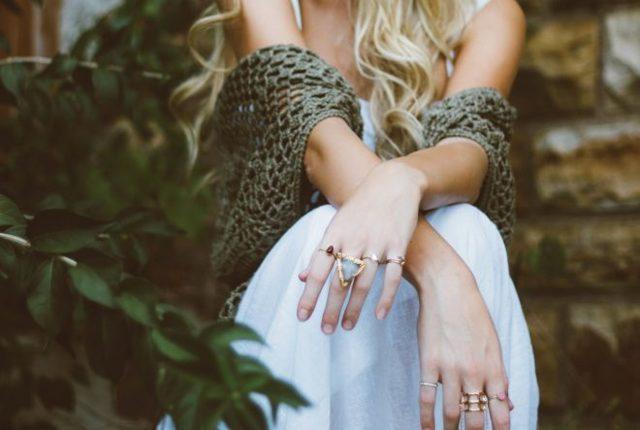 Заговор на кольцо: на удачу и деньги, богатство, обручальное, на защиту, здоровье, любовь, читать в домашних условиях
