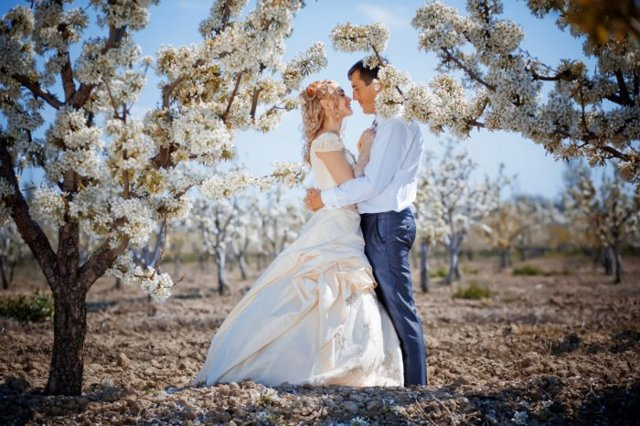 Свадебные приметы по месяцам, числам