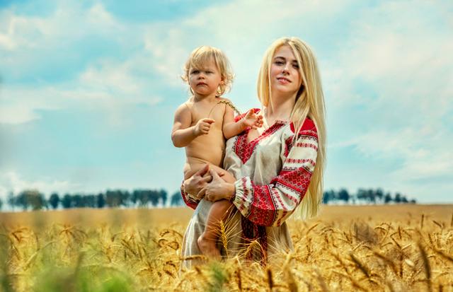 Обереги для ребенка: сделать своими руками, славянские, какие бывают