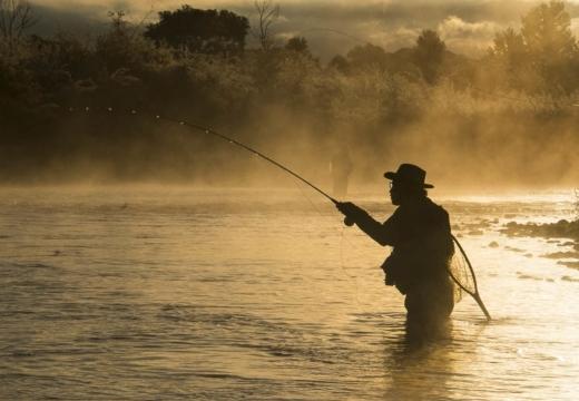 Заговор на удачную рыбалку: духа реки, на рыбу, молитвы