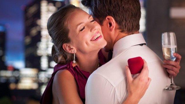 Приметы на замужество: выйти замуж, праздники, на чужой свадьбе