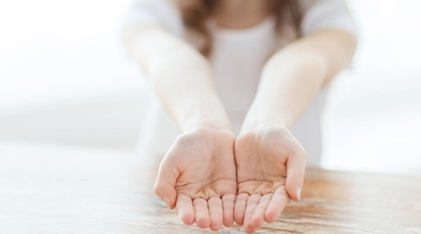 На какой руке смотрят линию жизни: у женщин и мужчин, где находится, хиромантия