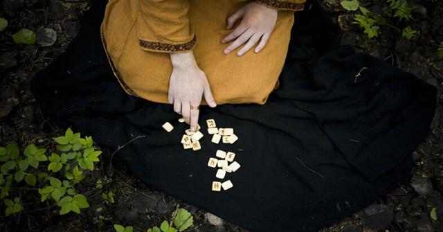 Медитация на руны для начинающих: что это такое, как правильно