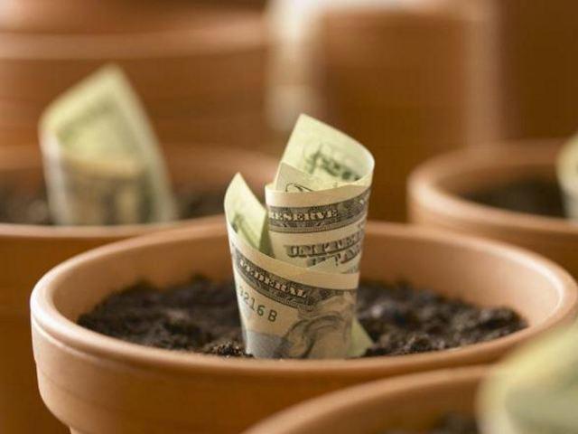 Заговоры на деньги: привлечь, действенный способ, в домашних условиях