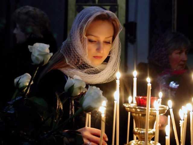Молитва Матроне Московской о детях: защите над ними, здравии