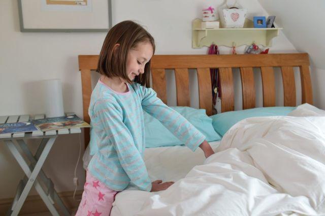 Заговоры и молитвы от энуреза у детей: чтобы не писался в постель