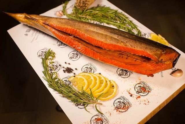 Видеть во сне красную рыбу: кусок, филе (мясо), с икрой, толкование по сонникам