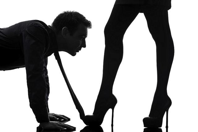 Как снять приворот с мужчины: в домашних условиях
