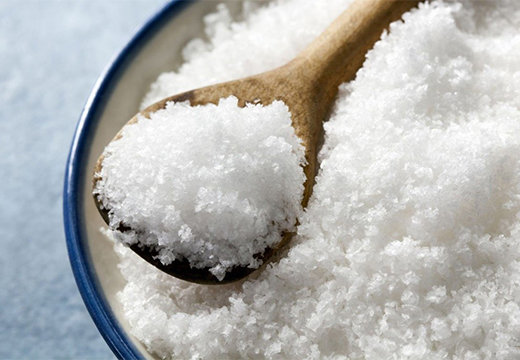 Соль как оберег: от злых людей, в мешочке, для дома