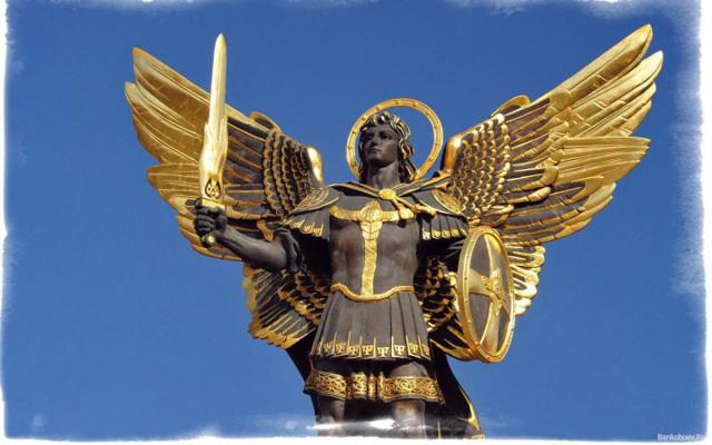 Молитва Николаю Чудотворцу от врагов и плохих людей: мощная защита, на работе