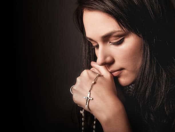Молитва Николаю Чудотворцу о работе: сильная, удача в делах, на деньги