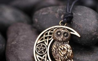 Амулет сова: что означает, для какого знака зодиака подходит, описание