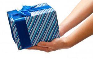 Примета если дарят полотенце: почему нельзя дарить в подарок женщине и мужчине