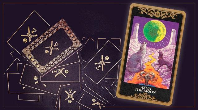 Луна Таро (18 аркан, Сумерки): значения и сочетания с другими картами, в отношениях и любви, перевернутый и прямой в раскладах, описание и толкование