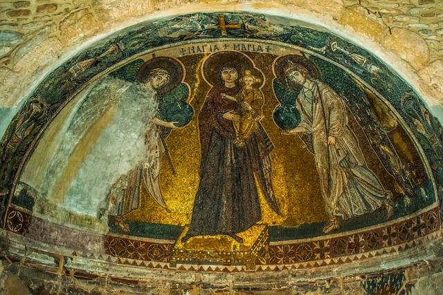 Молитва «Богородице Дево, радуйся»: от чего помогает, как правильно читать, толкование