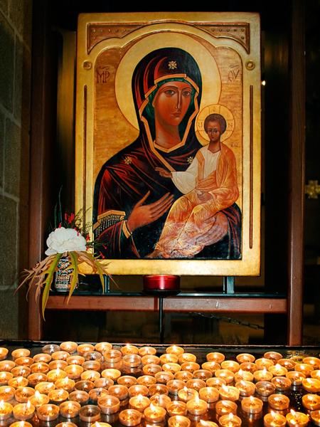 Молитва иконе Божьей Матери «Иверской»: о помощи, исцелении, значение