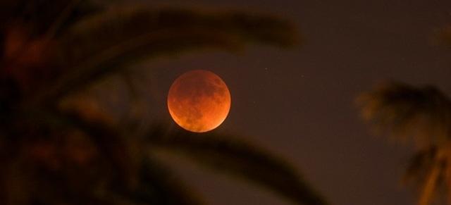 Кровавая (красная) луна: народные приметы, к чему