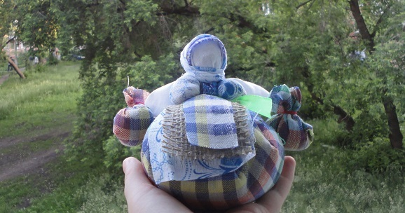 Кукла кубышка-травница: значение, сделать своими руками, народный оберег