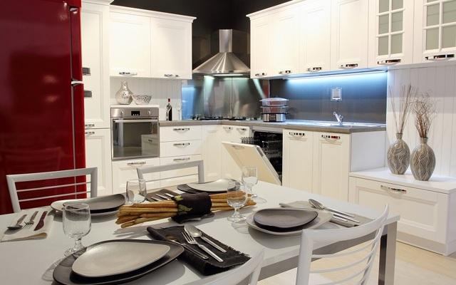 Мыть посуду в чужом доме: примета, почему нельзя в гостях, плохая
