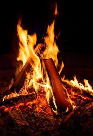 Магия Огня: как овладеть, научиться управлять, стать магом в реальной жизни, заклинания и упражнения в домашних условиях