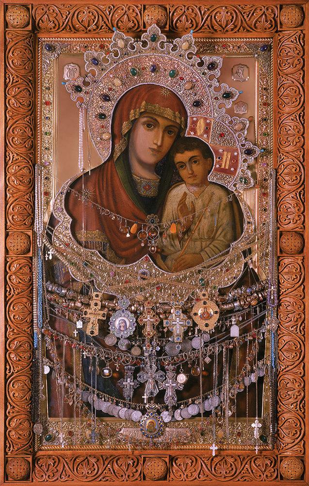 Акафист иконе Божьей Матери «Святогорская»: о чем молиться, читать, значение