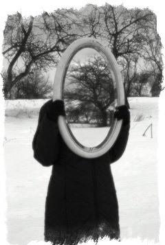 Зеркальная защита от порчи и сглаза: самостоятельно, как поставить, зеркало-оберег