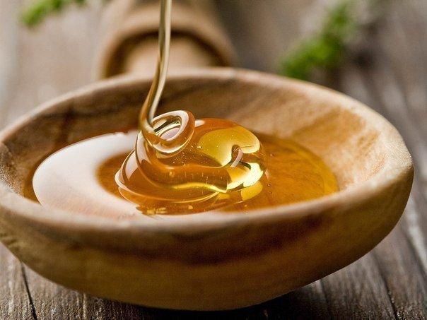 Заговор на мед: на торговлю, деньги, притянешься от него не оторвешься