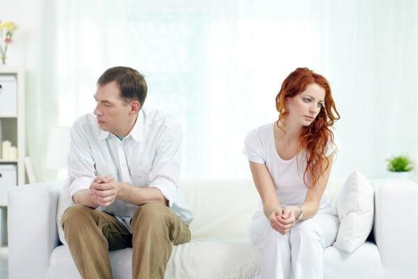 Заговор на возвращение жены: читать, белая магия, на огонь и воду