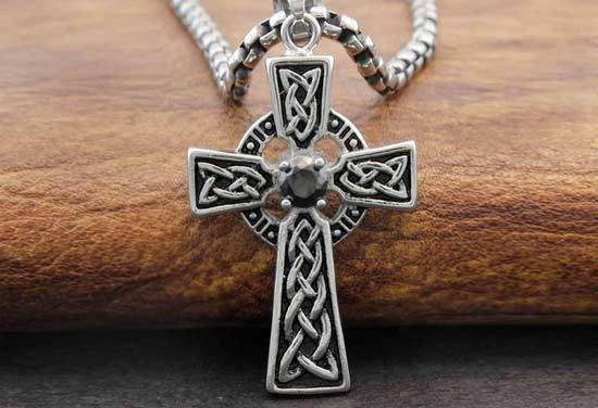 Кельтский крест: значение символа, что такое, как выглядит