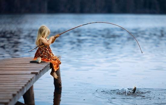 Ловить во сне рыбу удочкой: поймать мужчине и женщине, рыбалка (ловля) в толкованиях по сонникам