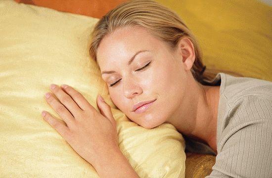 Видеть во сне голого человека (другого или себя): много, близкого, любимого, знакомого, умершего