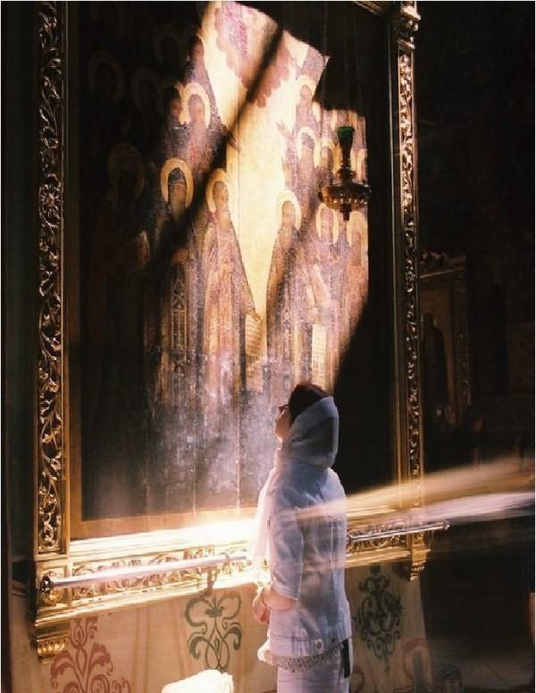 Можно ли во время месячных читать молитвы: дома, в церкви