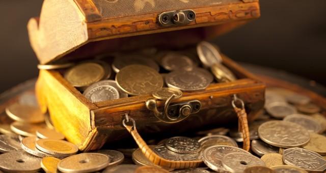 Заговор на деньги и удачу: читать, в домашних условиях, богатство