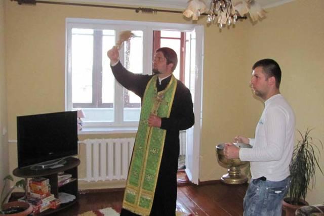 Переезд в новую квартиру, дом: приметы и ритуалы, правила