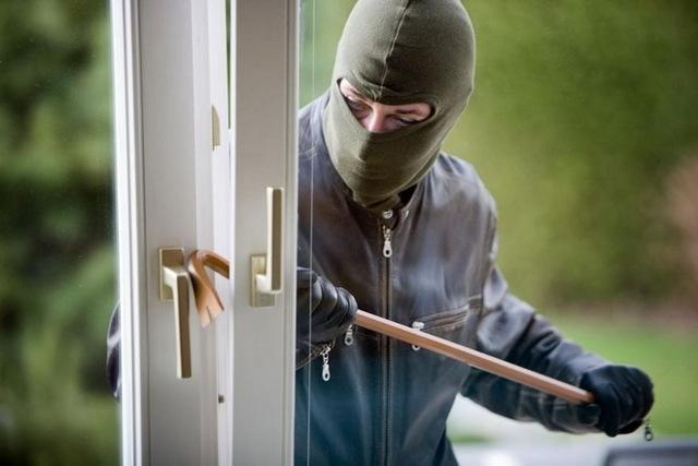 Руны от крадников: диагностика на деньги и защиту