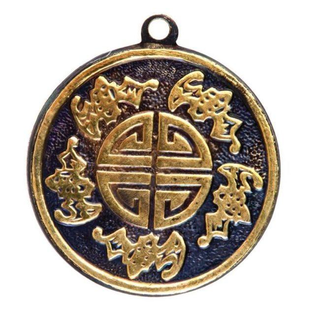 Символ пяти благ: китайский амулет, значение, на счастье